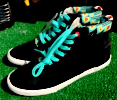 4c3e263e67 Bucketfeet Sneakers Womens Mid Top Leather Shoes US 10M Designed Artist  Archer 1