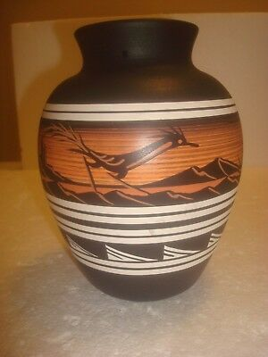 Southwestern Style Vase with Roadrunner Design