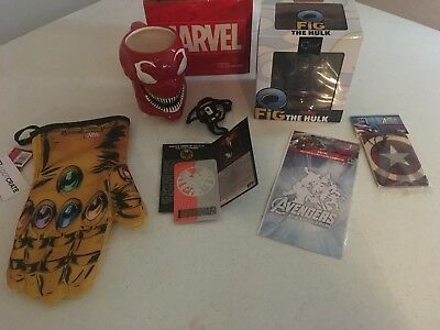 Loot Crate Exclusive Lot: Marvel Carnage Mug, Q-Fig Hulk and More