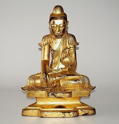 20C Burmese Gilt Lacquer Wooden Carved Seated Buddha Sculpture (Kas)
