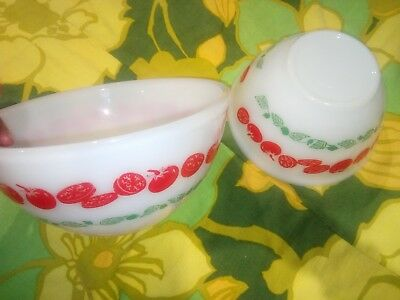 Vintage Pyrex X2 Tomato Harvest Mixing Bowls  7-Inch And 8-Inch Retro