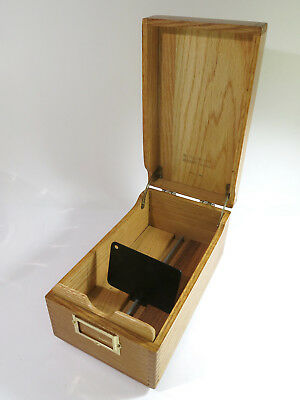 Vintage 1960 Fingerjoined Solid Oak Merchants Box Co. Desk-Top Card Filing Box