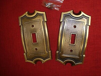 VTG 2 pc set AMEROCK SA SWITCH PLATE COVERS Metal #4060 Antique Brass w/ Screws