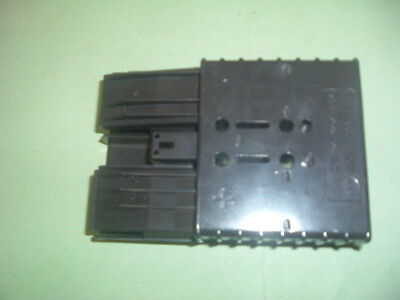 Reals..... A 1177 ...........................connector   Rbe 320 Noir New Boxed.