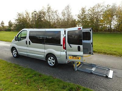 2015 15 Renault Trafic 2.0 DCi 5 Seats WHEELCHAIR ACCESSIBLE ADAPTED VEHICLE WAV