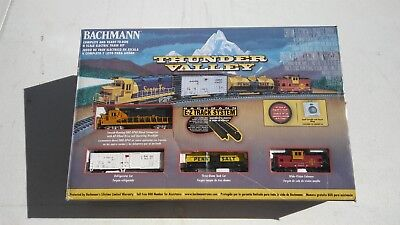 Bachmann Trains Thunder Valley Ready-To-Run N Scale Set with Extra Track