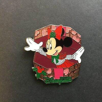 HKDL - Holiday Minnie Mouse Disney Pin 92807