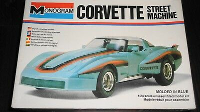 Monogram Corvette Street Machine 1:24