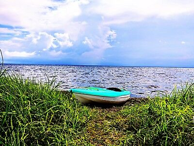 Digital Picture Image Photo Wallpaper JPG Kayak at the Bay  Screensaver