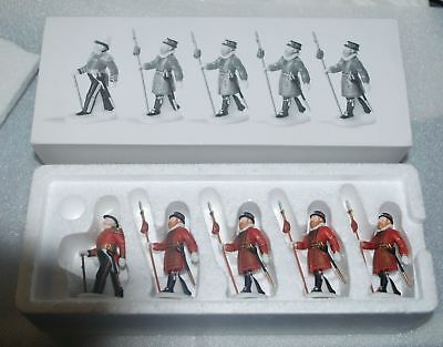Dept 56 Heritage Village YEOMEN OF THE GUARD #58397 Heritage Palace Guard