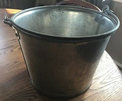 Vintage Heavy Galvanized Steel One Gallon Milk Pail Dairy Cow Milking Bucket Can