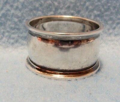 Antique Hallmarked Towel Silversmiths # 8717 Sterling Silver Napkin Ring