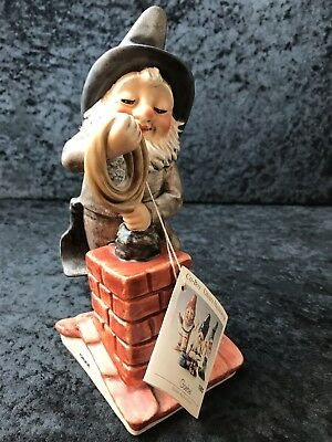 Goebel Co-Boy Chuck the Chimney Sweep 17550-19 Gnome Signed Dated 1982 Vintage