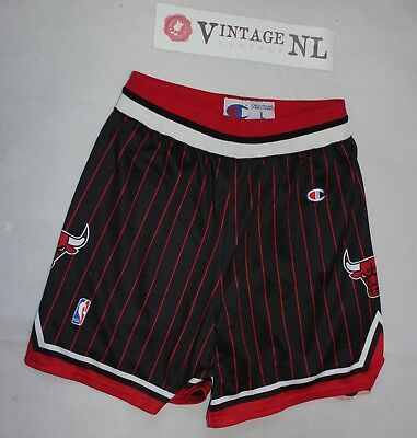 Vintage Champion Nba Chicago Bulls Short Shorts Gr L