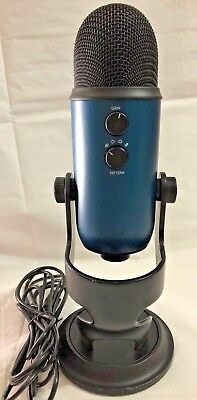 Blue Microphones Yeti Professional USB Condenser Microphone -Teal