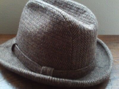 75a2e911590 Vintage brown wool tweed hat fedora size 7 Made in USA quilted lining  Classic