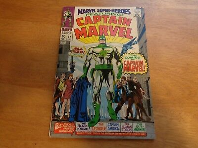 Marvel Super Heroes #12 ( 1St Captain Marvel ) Comic Book