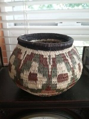 Vintage Panama Wounaan Embera rainforest very fine woven geometric basket BEAUTY