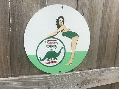 Sinclair Gasoline Pinup Girl Pin Up Round Metal Sign Oil  gas