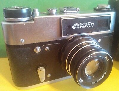 FED-5 b vintage russian Leica copy camera with case RARE Industar-61 l/d lens