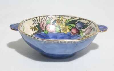 Maling Springtime Waved Small Bowl 6526.  In excellent condition.