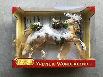 New NIB Breyer Christmas Holiday Horse Winter Wonderland Totilas #700120 2017