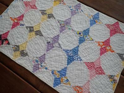 Vintage 30s Hummingbird Cottage Table QUILT Runner 24x16 Doll Quilt