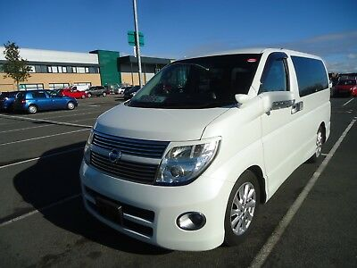 NISSAN ELGRAND HIGHWAY STAR BLACK LEATHER  2,5v6 2008 SERIES 3 MODEL IMMACULATE