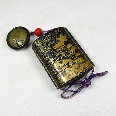 H860: Real old Japanese lacquered pillbox INRO with MAKIE, NASHIJI and NETSUKE 1
