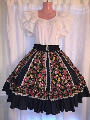 Square Dance- Malco Modes- Ladies White Top & Black Flower Skirt- Large