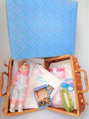 Madame Alexander Wendy Loves Learning to Sew #120809 Doll MIB Complete NEW 8""