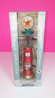 Gearbox 1997 Texaco Sky Chief Gas Pump Vintage Replica Figure New in Box