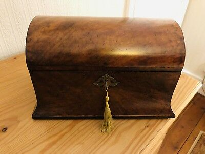 Antique Georgian / Early Victorian period round box / Tea Caddy with hinged lid