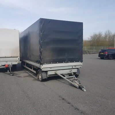 Car and Box Cargo Trailer 7 Meters Long
