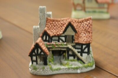 "David Winter ""the Bothy"" Figurine"