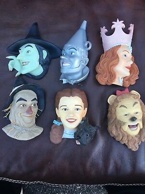 "Wizard Of Oz "" Costume Collection "" Wall Hanging Busts"