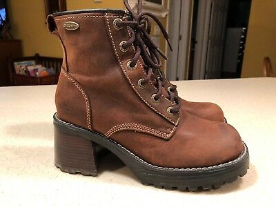 Sketchers VTG 1253 Platform Ankle Boots Chunky Heel LaceUp Brown Leather 8