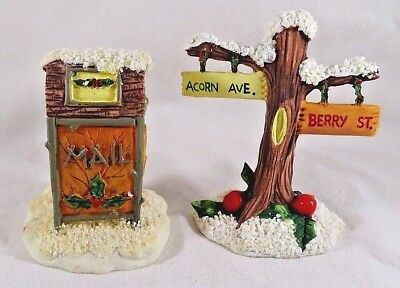 Charming Tails Figurine Mailbox and Street Sign