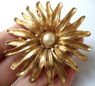 "Stunning Vintage Estate Textured Faux Pearl Layered Flower 2"" Brooch!!! 5165F"