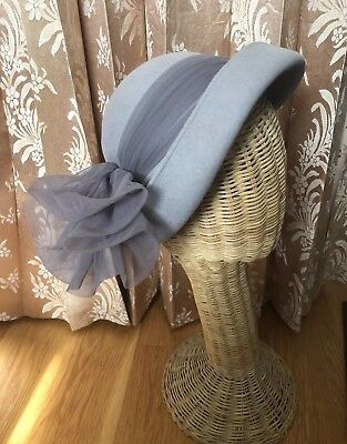 Vintage 1940s 1950s Gray Felt Hat Louis California Round Church Bowler Tulle Bow