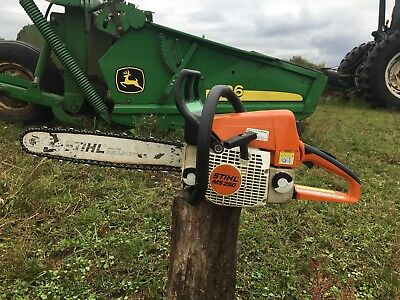 "Stihl MS 250 Chainsaw With 18"" Bar & New Oregon Chain (strong runner)."