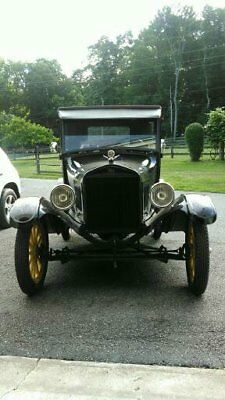 1926 Ford Model T  1926 FORD MODEL T has been restored. Original steel body. number matching car.
