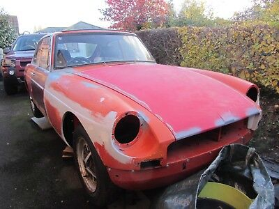 MG BGT Coupe 1972 Chrome Bumper Abandoned Project