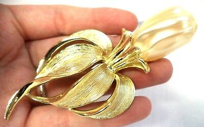 "Stunning Vintage Estate Signed Sarah Cov Gold Tone Faux Pearl 1/8"" Brooch 1689B"