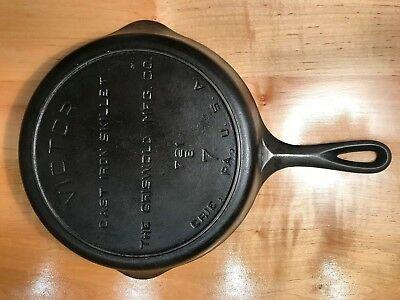 antique cast iron skillet Victor Griswold number 7 stamped 721B heat ring