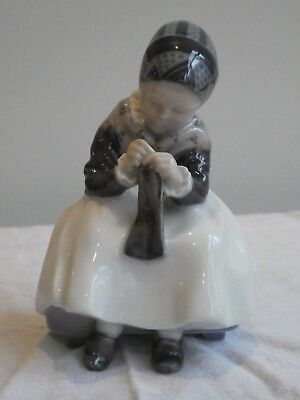 "Bing and Grondahl figurine "" Amager girl knitting "" model 1314"