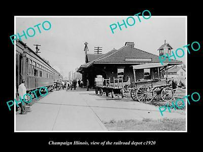 OLD LARGE HISTORIC PHOTO OF CHAMPAIGN ILLINOIS, THE RAILROAD DEPOT c1920
