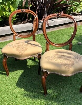 Set of 4 Restored Antique Victorian Balloon Back Rosewood Dining Chairs