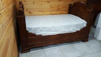 Antique Walnut Louis Phillippe Day Bed with Custom Mattress and Boxspring