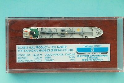 "CO-S 10439 Modell 1:1250 Tanker ""Jian She"" ca. 12cm im Display (PlexiGlas)"